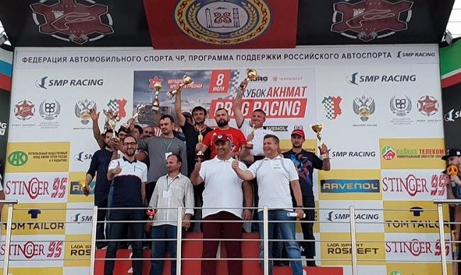 В Грозном прошёл Кубок Ахмата по дрэг-рейсингу
